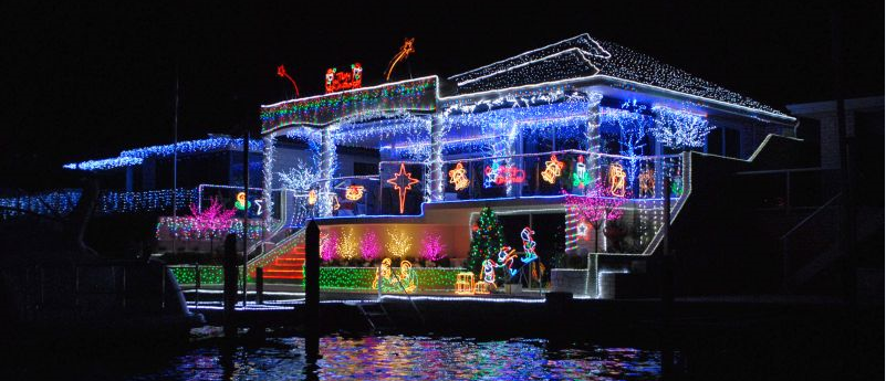 MANDURAH CHRISTMAS LIGHTS TOUR